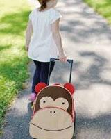 Eläimelliset lasten matkalaukut