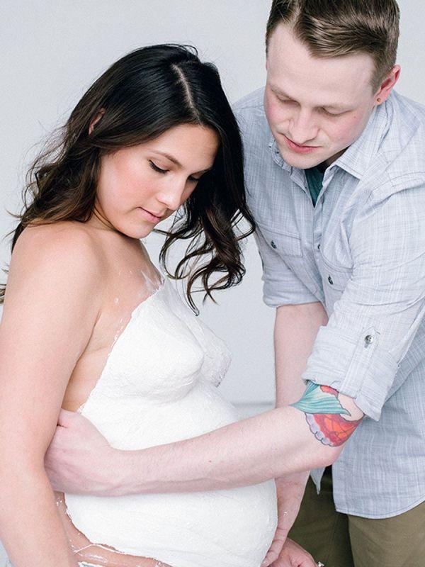 Raskausmahan ikuistamiskipsi. Pregnant Belly Casting kit setin avulla voit ikuistaa vauvamahasi. Täydellistä tekemistä Babyshower juhliin tai intiimimpään puolison kanssa tehtävään yhteiseen hetkeen.