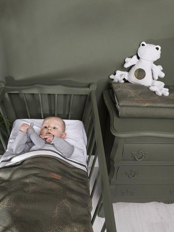 Suloinen pehmeä Baby´s Only sammakko vauvalle. Sammakossa rikkoontumaton vauvaturvallinen peili, josta vauva tykkää katsella itseään ja ilmeitään.