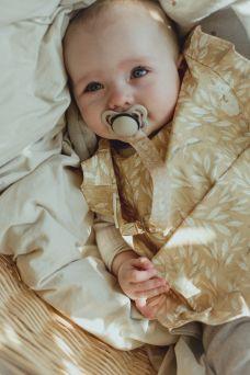 Mrs Mighetto kaunis vauvan tuttinauha.