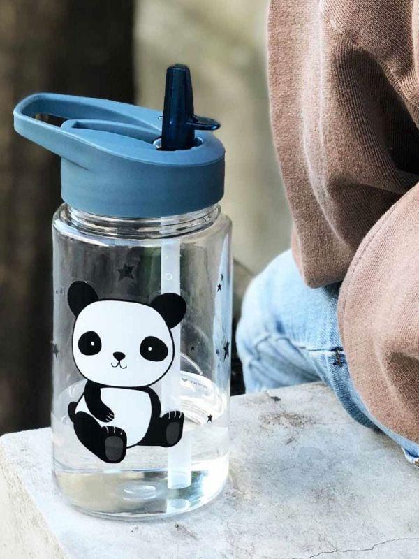 A Little Lovely Company kestävä juomapullo suloisella eläinkuosilla. Pullossa taittuva nokka. Lapselle helppo ja nopea avata sekä sulkeä. Ei vuoda reppuun.