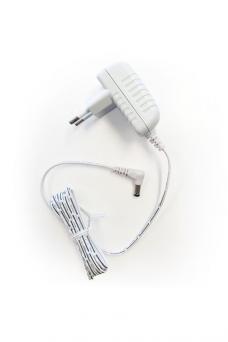 Adapteri (valkoinen)