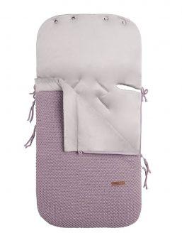 Baby´s Only lämpöpussi lavander on arjenhelpottaja. FLAVOR -malliston kaunis sileäpintainen kuviointi lämpöpussissa. Lämpöpussin ansiosta vauvaa ei tarvitse riisua ja pukea jatkuvasti, vaan voit laittaa vauva lämpöpussiin päivävaatteilla. Vauva pysyy pussissa lämpöisenä kaupassa, kylässä ja muilla arjen riennoilla.
