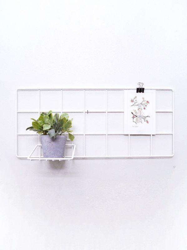 Laa Laa Living Trendikäs MINI seinäristikko. Saat kauniisti esille kortit, rakkaat kuvakollaasit valokuvista ja muut muistettavat paperit.