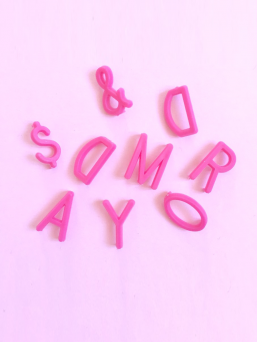 Letter Board kirjaimet (pinkki)