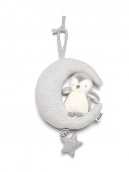 Mamas&Papas Penguin & Moon soittorasia  Kaunista sävelmää soittava pehmeä pingviini soittorasia. Suloinen kuun päällä istuva pigviini, jonka olla olevasta tähdestä vetämällä saat kauniin sävelmän soimaan. Vaaleasävyinen soittorasia sopii täydellisesti vauvan pinnasänkyyn, kehtoon, vaunuihin tai rattaisiin. Upea sävelmä tuudittaa vauvan uneen. Soita sävelmää vauvalle usein, jolloin siitä tulee tuttu ja turvallinen ja lapsi rauhoittuu vieraassakin paikassa rauhallisesti uneen.