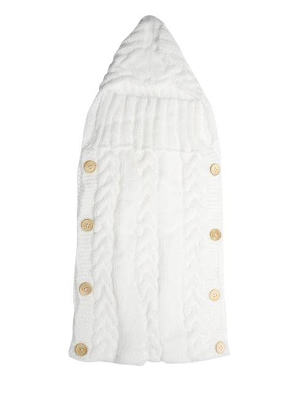 Kaunis palmikkoneule unipussi vauvalle. Pehmeä neule pitää vauvan lämpöisenä niin omassa kehdossa kuin vaunuissa.