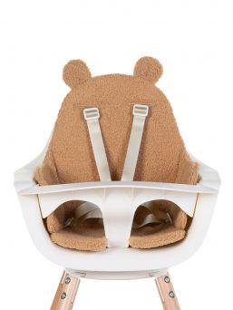 Suloinen Childhome syöttötuolin karhun korva istuintyyny. Täydellinen syöttötuoliin sekä sopii myös sitteriin, vaunuihin ja rattaisiin. Istuintyynyssä turvallinen turvavyö.