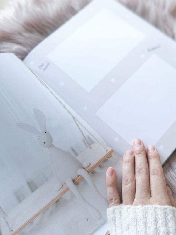 Pieni ja täydellinen - vauvakirja (täytettävä)