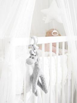 Baby's Only vauvan vedettävä kirahvi värinällä (harmaa)